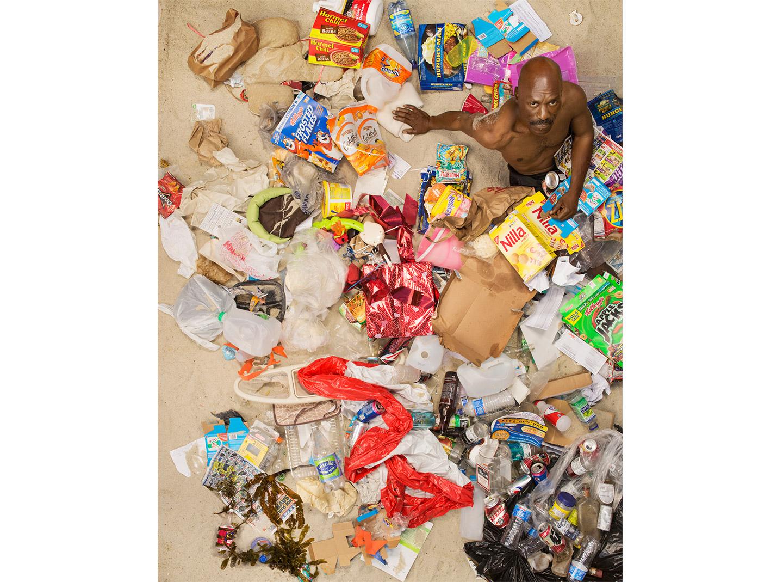 與你的垃圾共枕眠:上帝用七天創造世界,人類用七天創造垃圾25