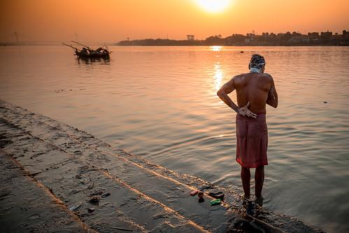 ghats kolkata india sunset indu inde alexandrecarpentier westbengal in
