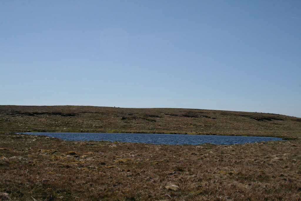 Tarn on Baugh Fell