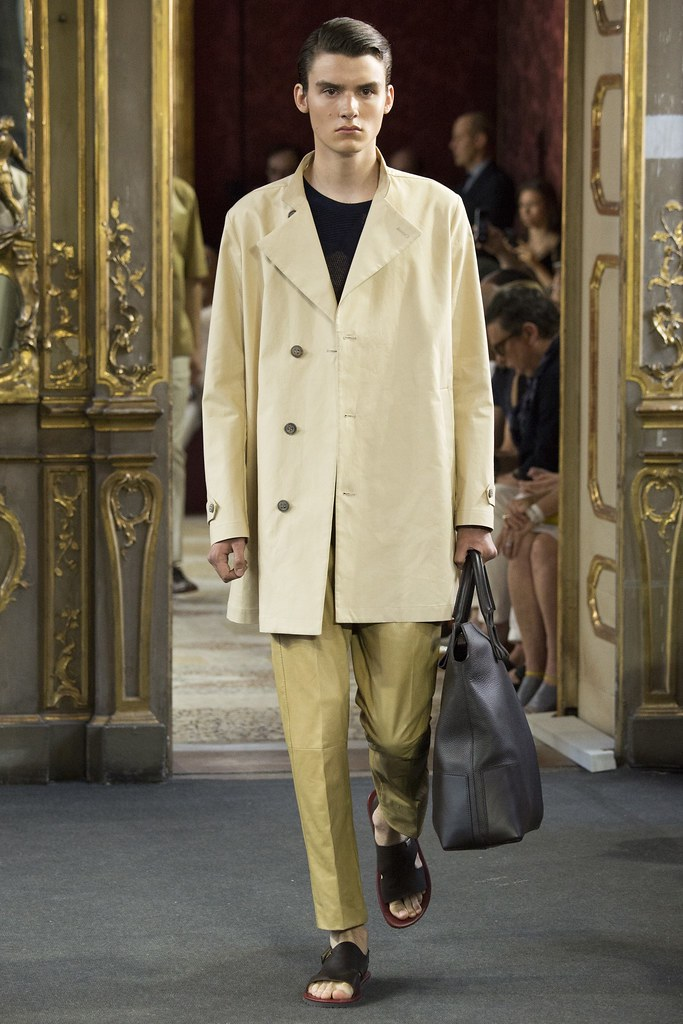 Elvis Jarrs3016_SS16 Milan Corneliani(VOGUE)