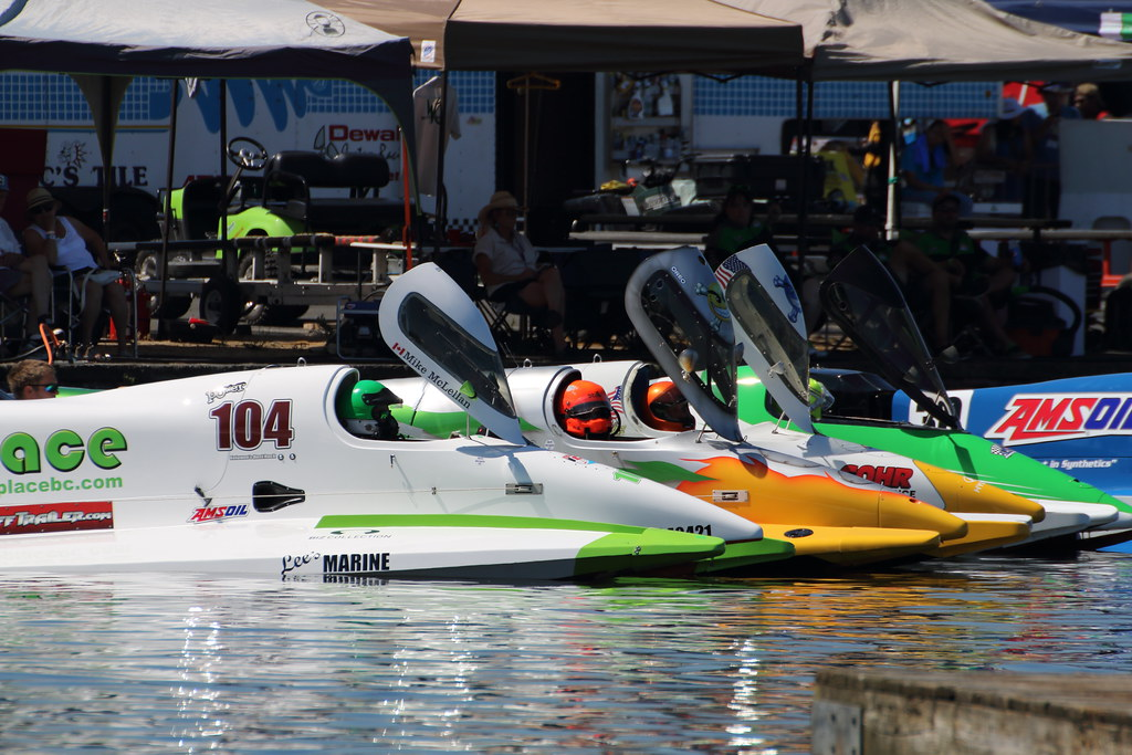 USF1 Powerboat