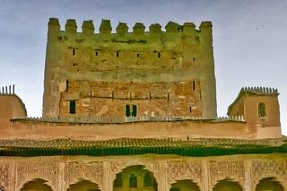 Hình ảnh của Alhambra gần Granada. trafalgarinsider andalusia españa granada laalhambra laalhambraygeneralife palaciodegeneralife qalatalhamra reflection spain spanishwonders trafalgar unescoworldheritagesite water winter photolemur