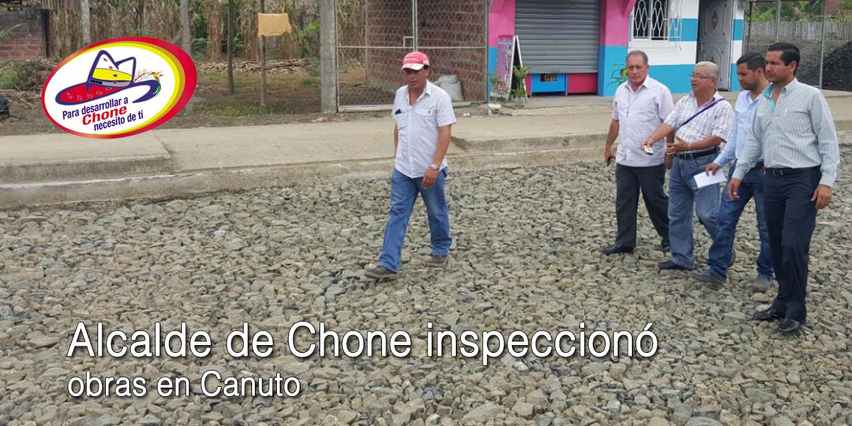 Alcalde de Chone inspeccionó obras en Canuto