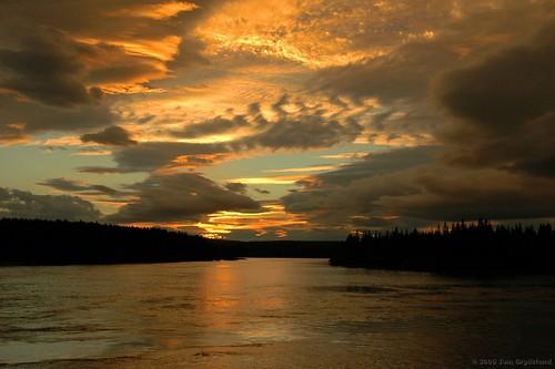 sunset sky clouds geotagged nikon d70 nikond70 sweden 1870mmf3545g kiruna ybp unpopolo3 popolo10 dontgiveapopolo6 votedpopolobythepopolopeople togr critiquewelcome laxforsen criticismwelcome geo:lat=67636146 geo:lon=21071091