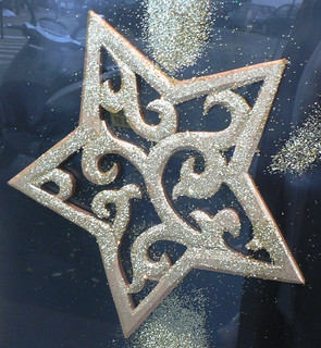 Star in a shopwindow