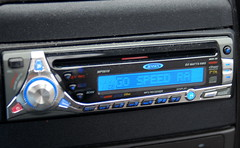 automotive exterior(0.0), bumper(0.0), vehicle audio(1.0), multimedia(1.0), electronics(1.0), media player(1.0),