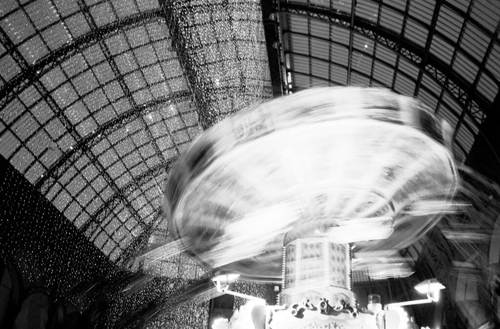 Feast days in Grand Palais