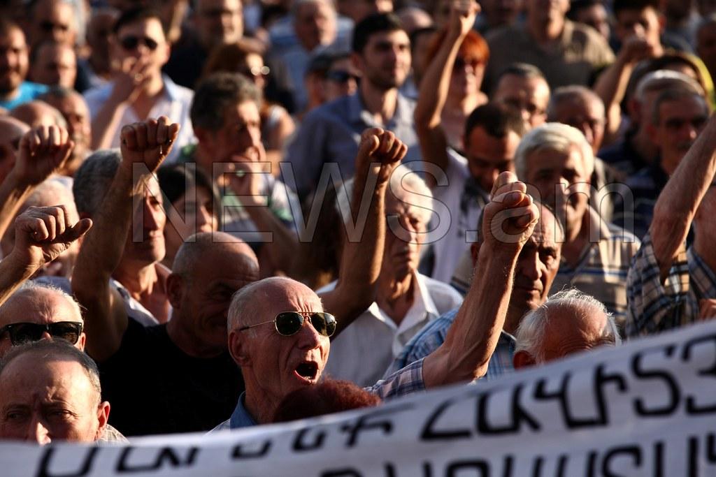 Армения запустила таймер: социальная бомба может взорваться в любой момент