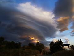 雲と風は遊びました。。。Giocano, il vento e le nubi