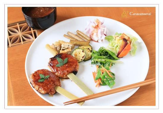 鬱蒼カフェ 瀬戸市でオススメのランチ オーガニックカフェ 五平餅ランチ