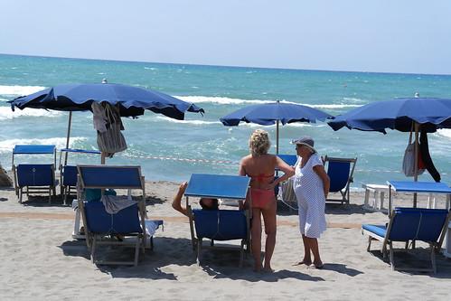 chiarone beach