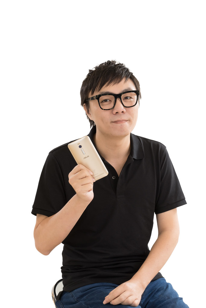 性能怪獸再升級!4GB 記憶體 + 內建 128GB 大空間新款 ZenFone 2 旗艦上市 @3C 達人廖阿輝