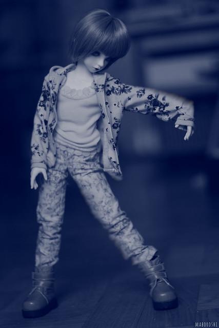 K-pop dancing