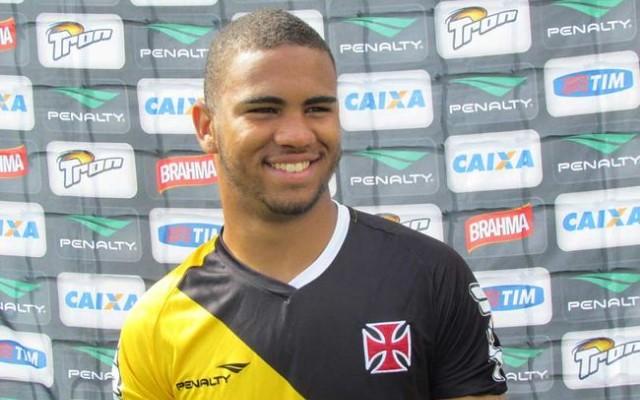 Jhon Cley lamenta rev�s para Palmeiras, mas j� foca no Corinthians