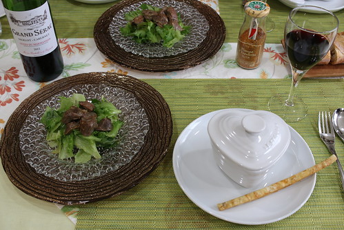 フランス南西部の料理 ガルビュールと砂肝のコンフィ