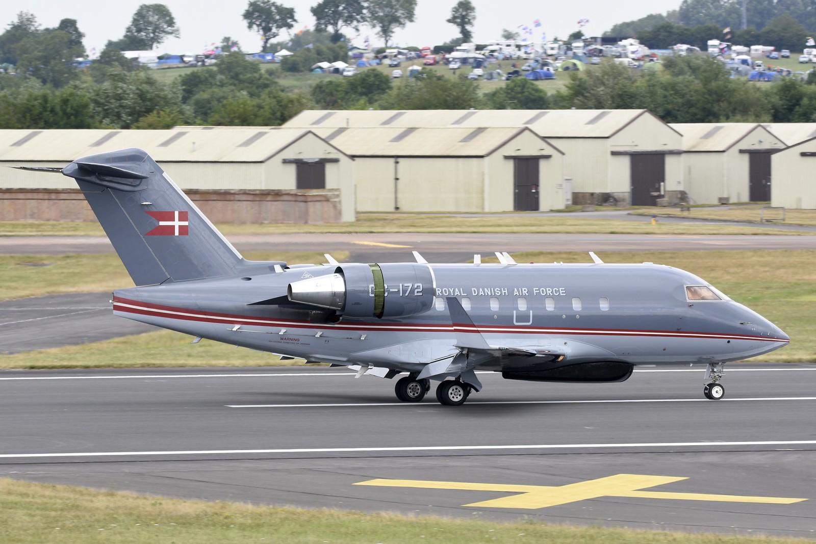 Tранспортни авиони 19122274454_2ad9ffcf06_h