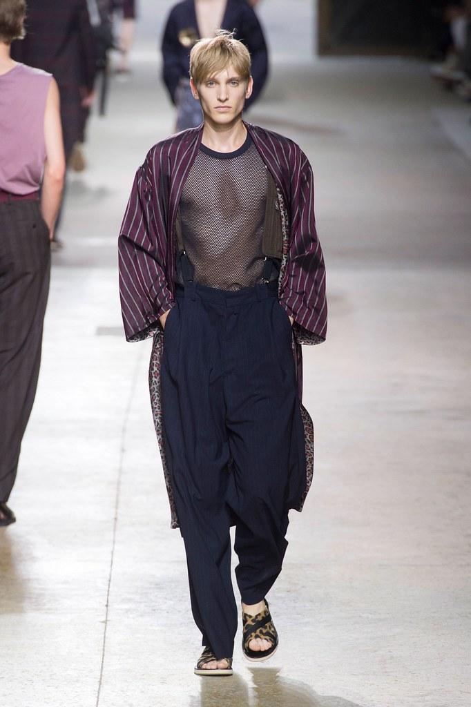 SS16 Paris Dries Van Noten027_Jeroen Smits(fashionising.com)
