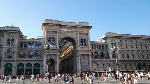 Der Eingang zur Galleria Vittorio Emanuele am Domplatz
