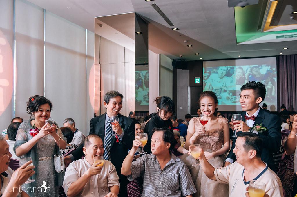 《婚攝》宏彬 & 娟竹 / 東風新意蔬食餐廳