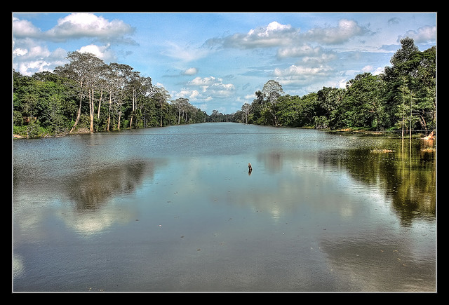 Siem Reap K - Angkor Thom south Gateway water trench
