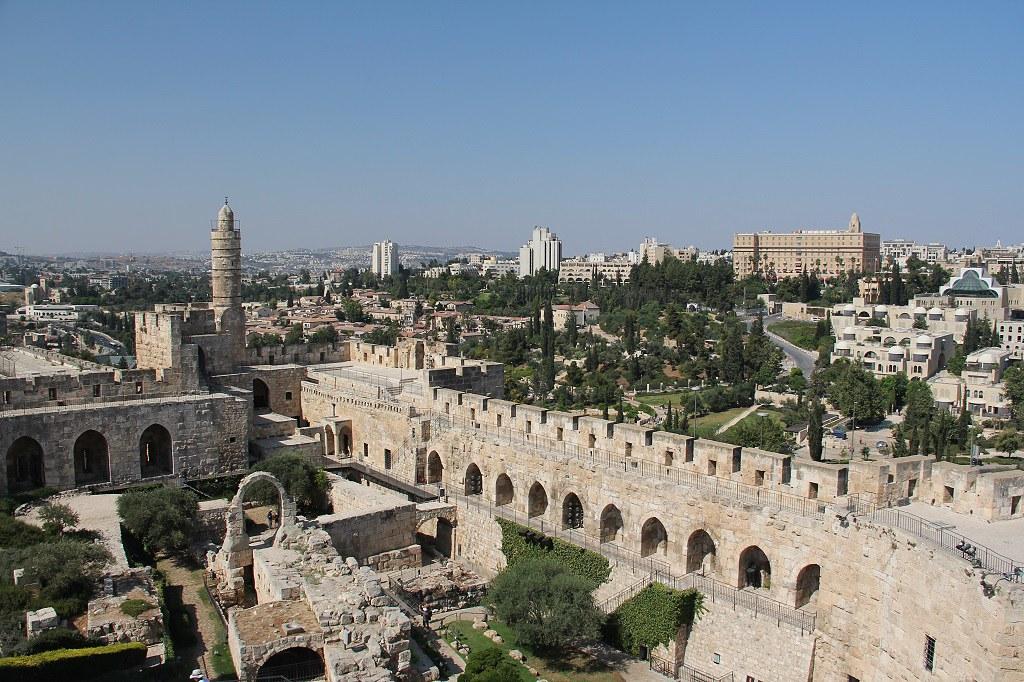 Старый город Иерусалима - символы в камнях, музей башни Давида и парк Офель