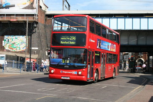Stagecoach London  17773 on Route 296, Romford Station