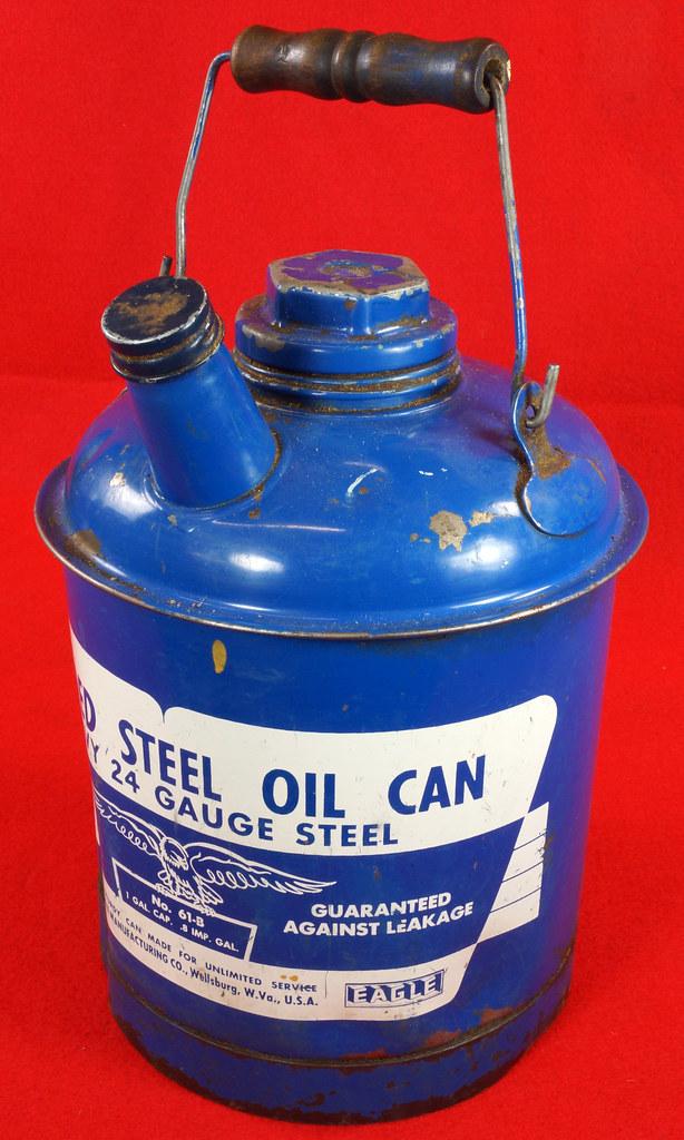 RD7979 Vintage Original Eagle Welded 24 Gauge Steel Blue 1 Gallon Oil Can DSC08059