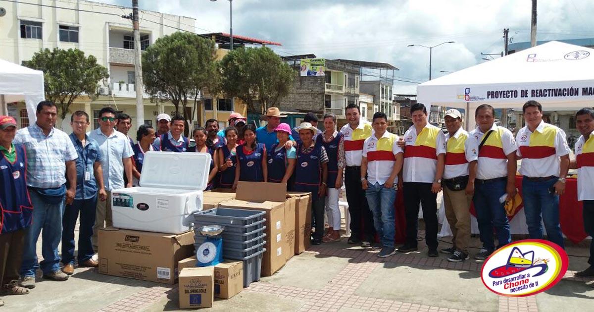 Participantes de feria productiva recibieron Kits