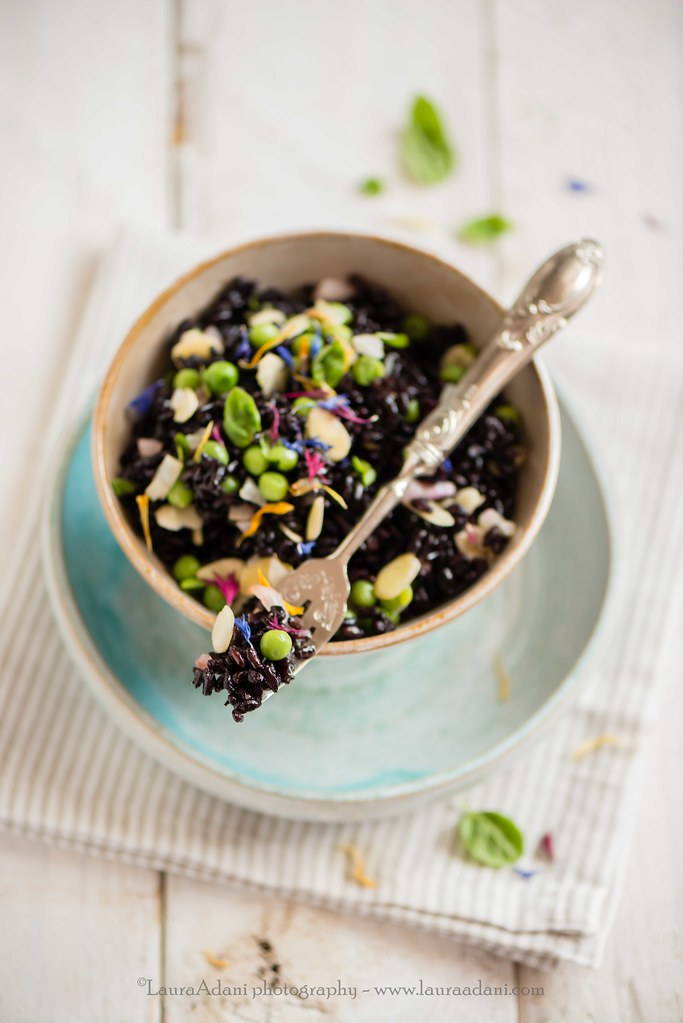 black rice with peas, almond and basil