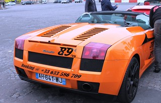 rent a lamborghini in paris