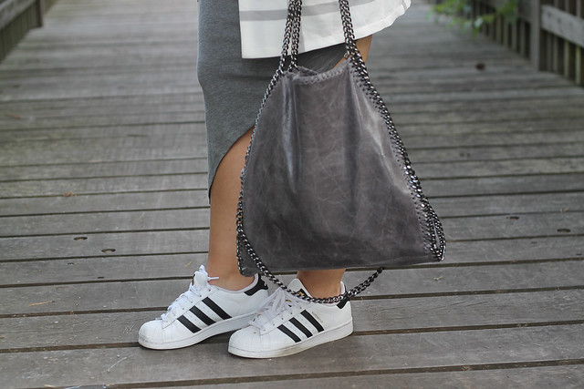 adidas-superstar-sneaker-weiß-tasche-gtau-stella-lookalike-mc-cartney-modeblog-fashionblog-berlin-beliebt