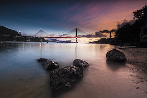 longexposure sunset beach hongkong nikon rocks waves 香港 日落 magichour 荃灣 tingkaubridge 汀九橋 近水灣 approachbeach