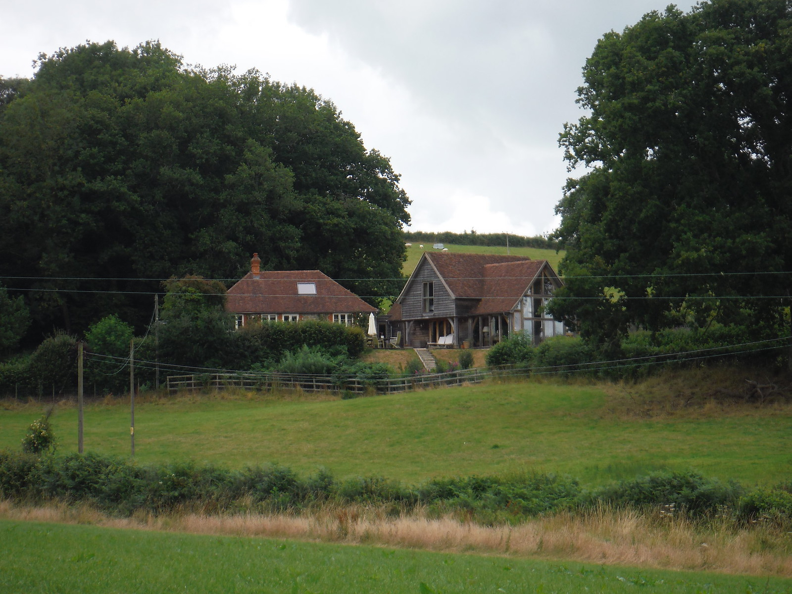 Converted Farmhouse, Pigthrough Lane SWC Walk 252 Tisbury Circular via Donhead St. Andrew