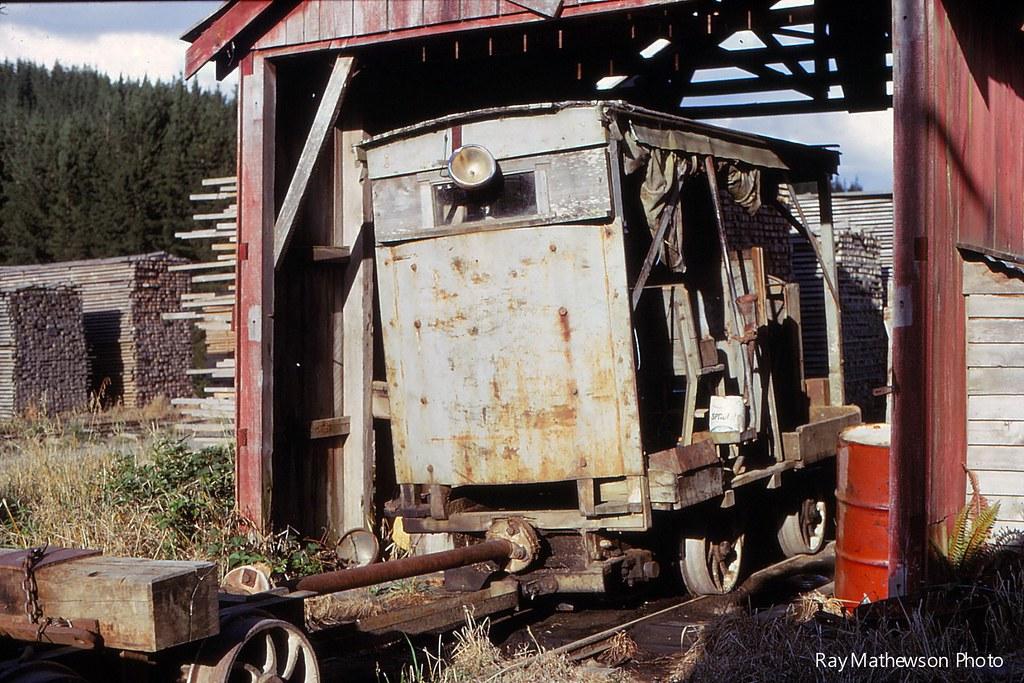 Small Wilson diesel in loco shed Jan 1970