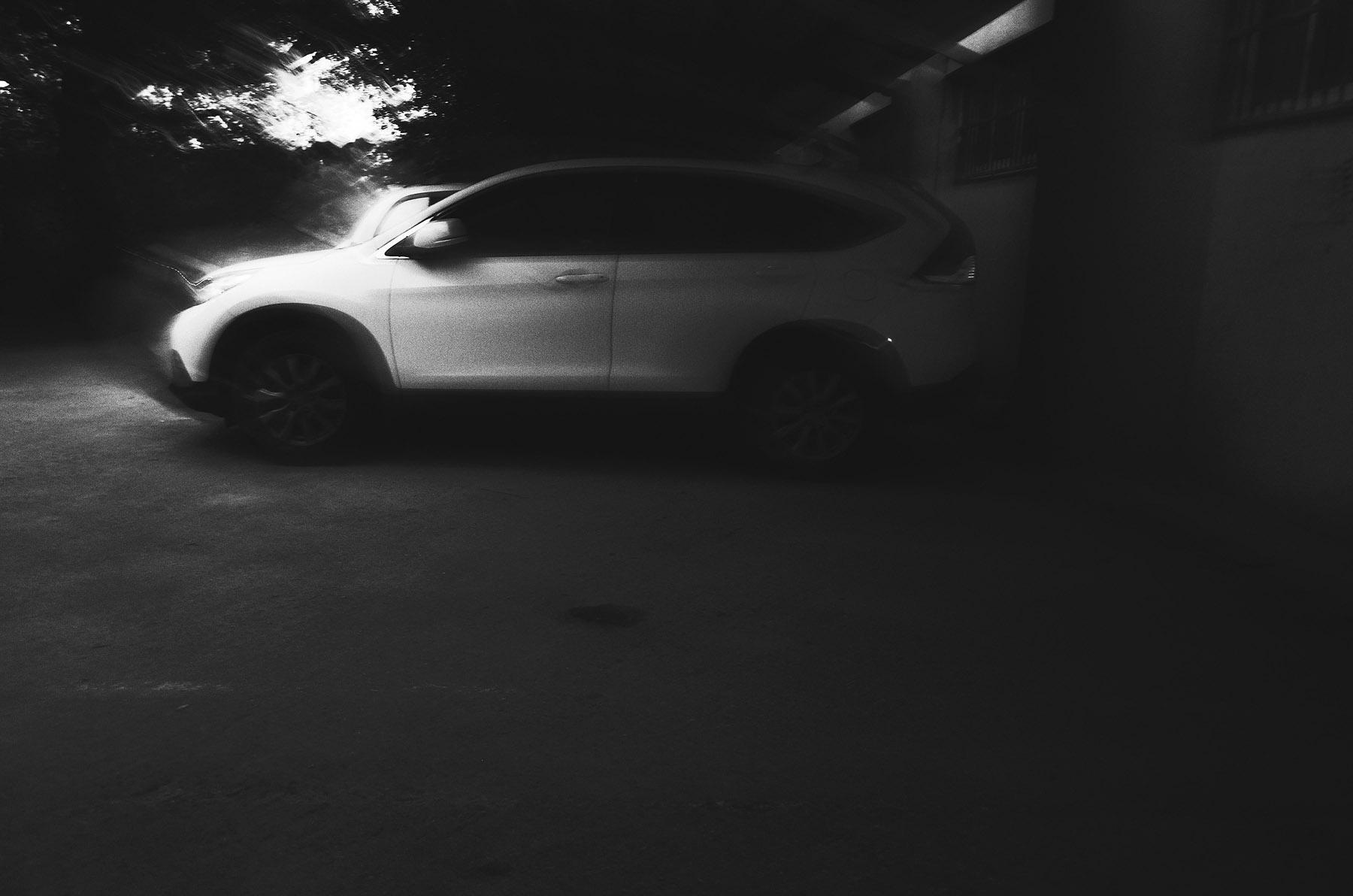 心象攝影-車,夜,黑白