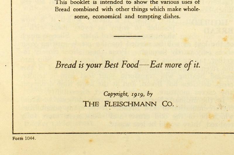 RD4157 1919 Fleischmann Yeast Cook Book Booklet - 65 Delicious Dishes DSC08640