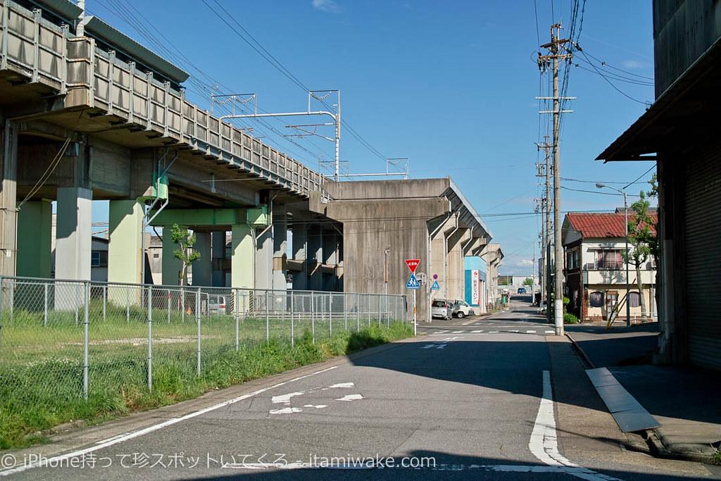 東海道新幹線と南方貨物線