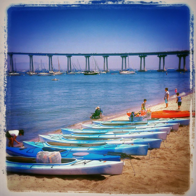 All ducks in a row... #coronado #SanDiego #sd#california #kayaking #coronadobridge #beach#nature #marine#summer #funtimes #watersports #coronadoisland #landscape #seascape #коронадо#сандиего #калифорния #море #пляж #лето