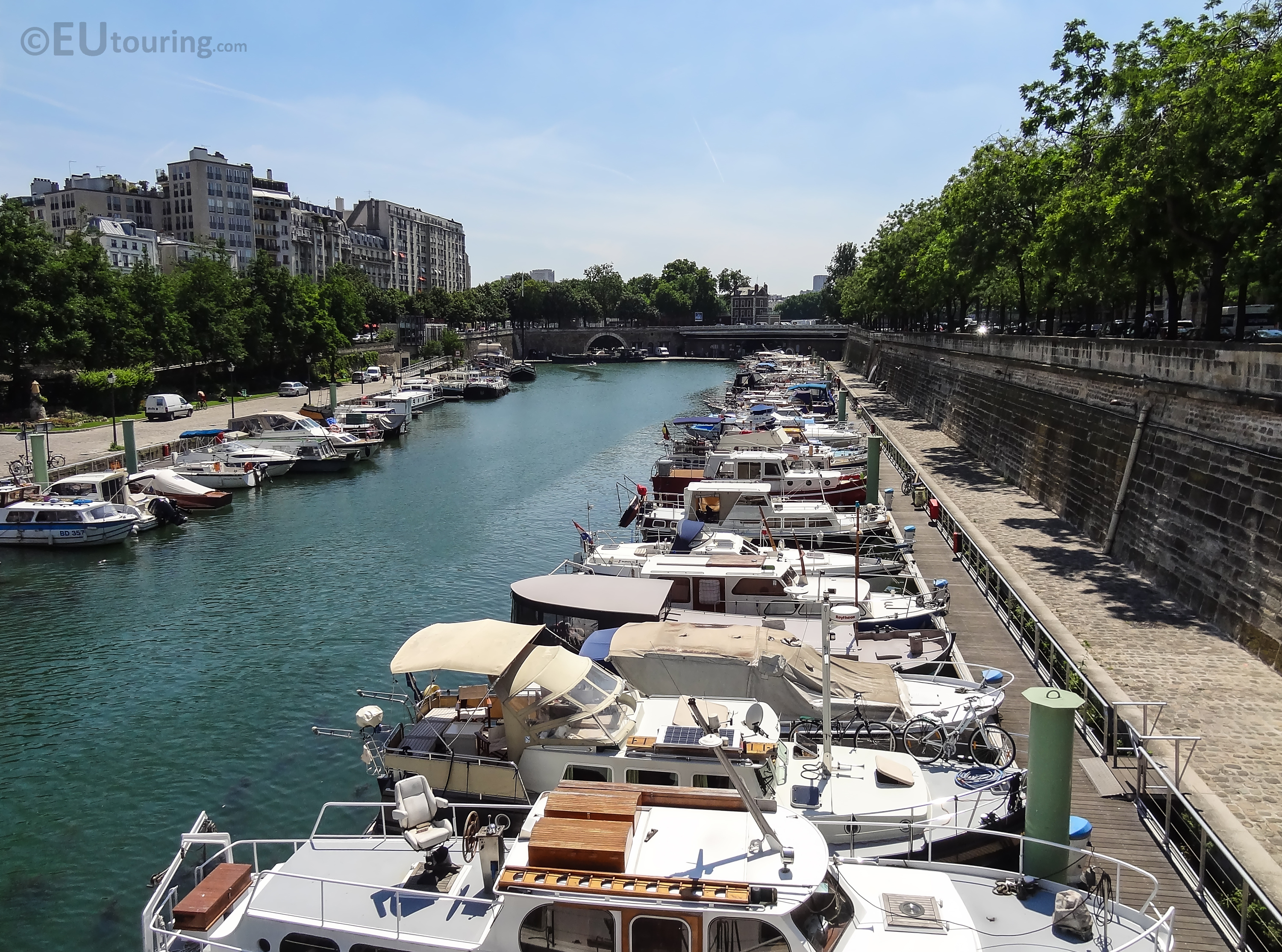Boats within Port de l'Arsenal