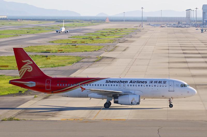 B-6853 深圳航空 A320-200