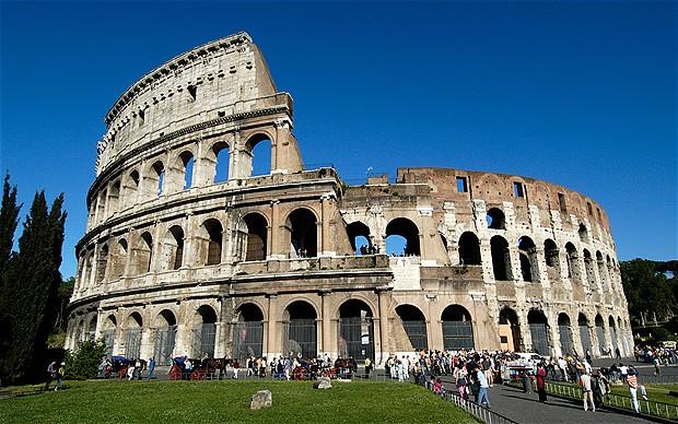 Roman-colosseum_2198045b