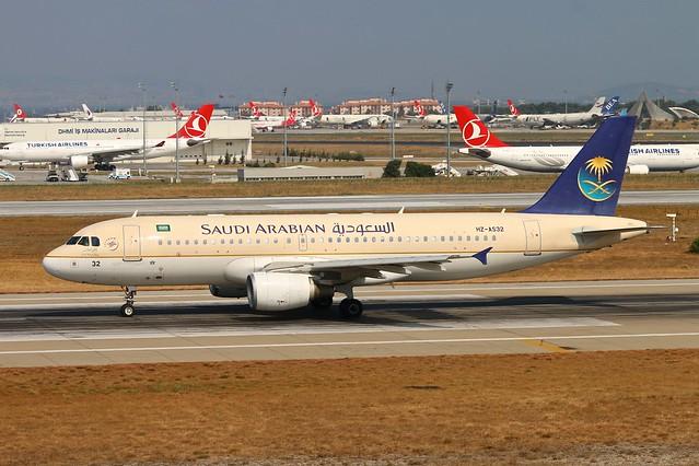 HZ-AS32 A320 Saudi Istanbul 24.7.15