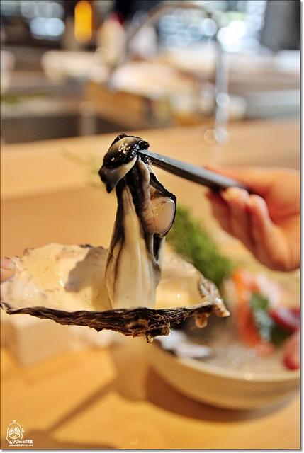 20222607812 b1a6385554 z - 『熱血採訪』本壽司sushi stores-職人專注用心的日本料理精神,精緻生猛海鮮無菜單料理。情人節&父親節雙人套餐超值推出,道道是主菜,處處有驚喜。