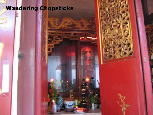 Tien Dung Chu Dong Tu Temple - Binh Minh - Vietnam 3