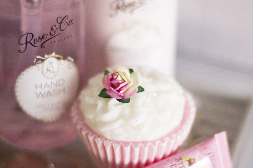rose-co-flower-cupcake-soap-review