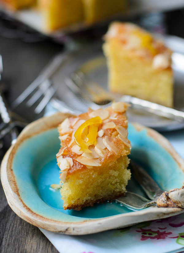 Almond cake with lemon syrup