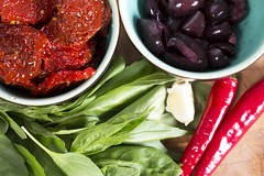 Sun dried tomato tapenade ingredients