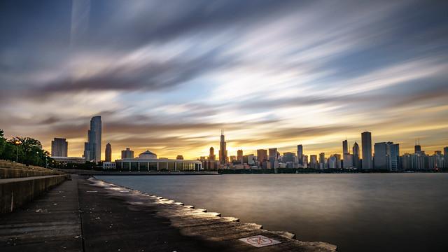 Chicago skyline at sunset - United States - Travel photography