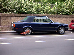 executive car(0.0), bmw 3 series (e36)(0.0), bmw 3 series (e21)(0.0), sedan(0.0), sports car(0.0), automobile(1.0), automotive exterior(1.0), bmw(1.0), wheel(1.0), vehicle(1.0), performance car(1.0), bmw 3 series (e30)(1.0), bumper(1.0), land vehicle(1.0), luxury vehicle(1.0), coupã©(1.0), convertible(1.0),