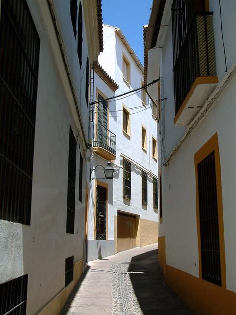 Córdoba: Back Streets of the Old Jewish Quarter (Judería)  Flickr - Photo Sh...